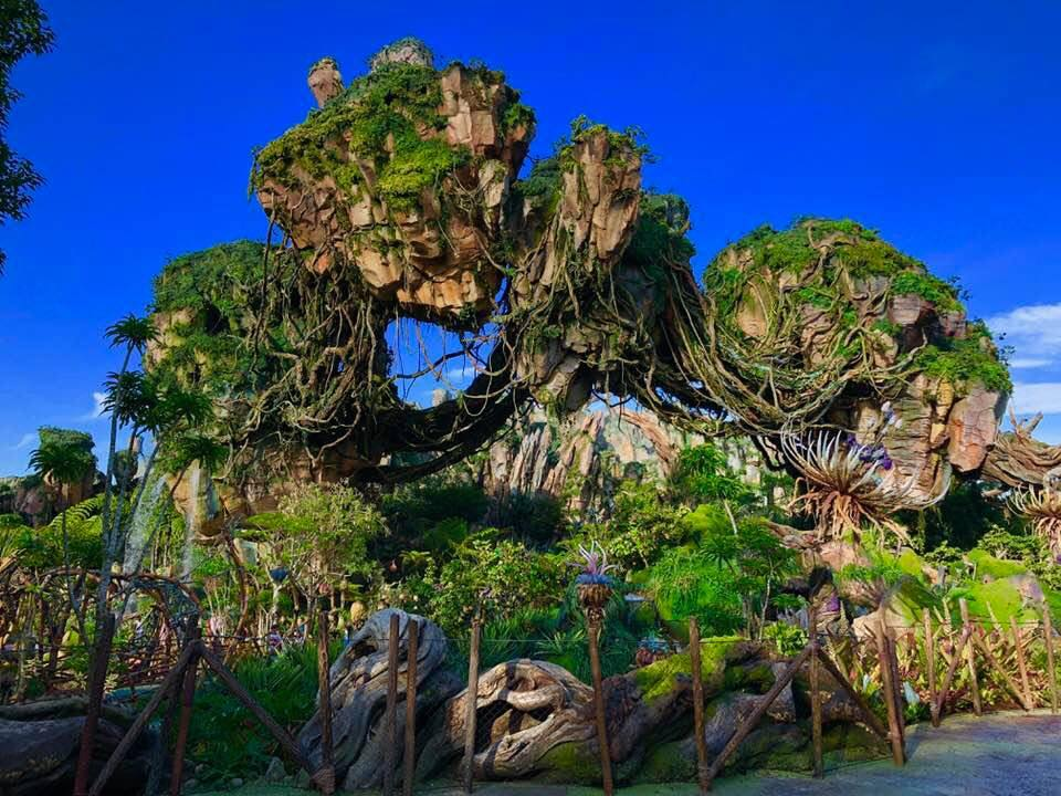 Floating Mountains at Pandora the World of Avatar