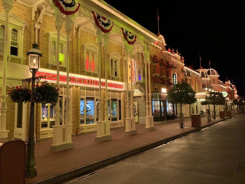 Main Street USA, Magic Kingdom