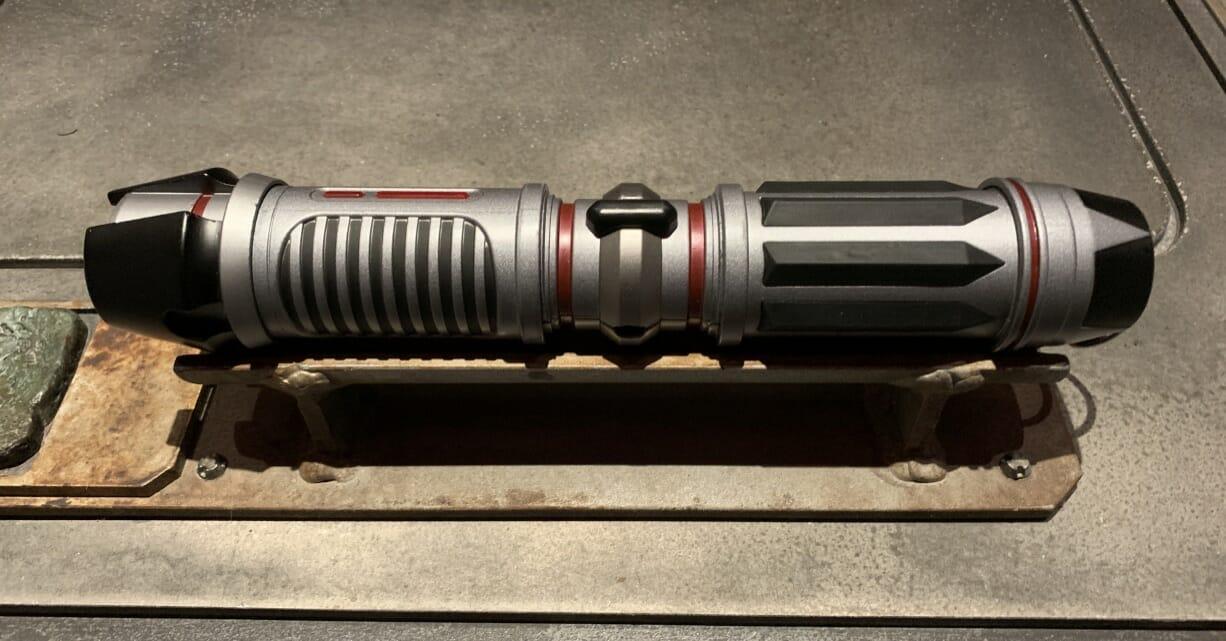 Savi's Workshop – Handbuilt Lightsabers at Star Wars: Galaxy's Edge Review