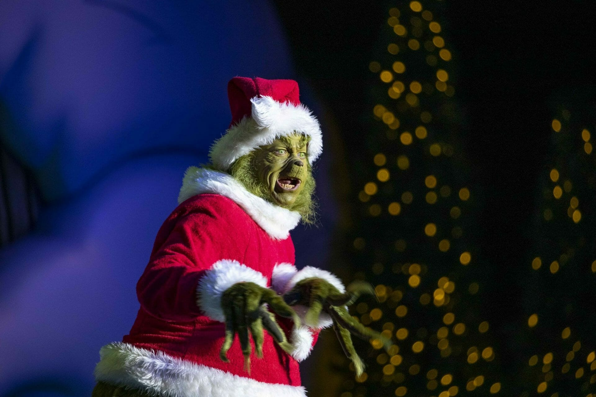 Universal Studios Hollywood Offers  Personalized Video Greetings from The Grinch