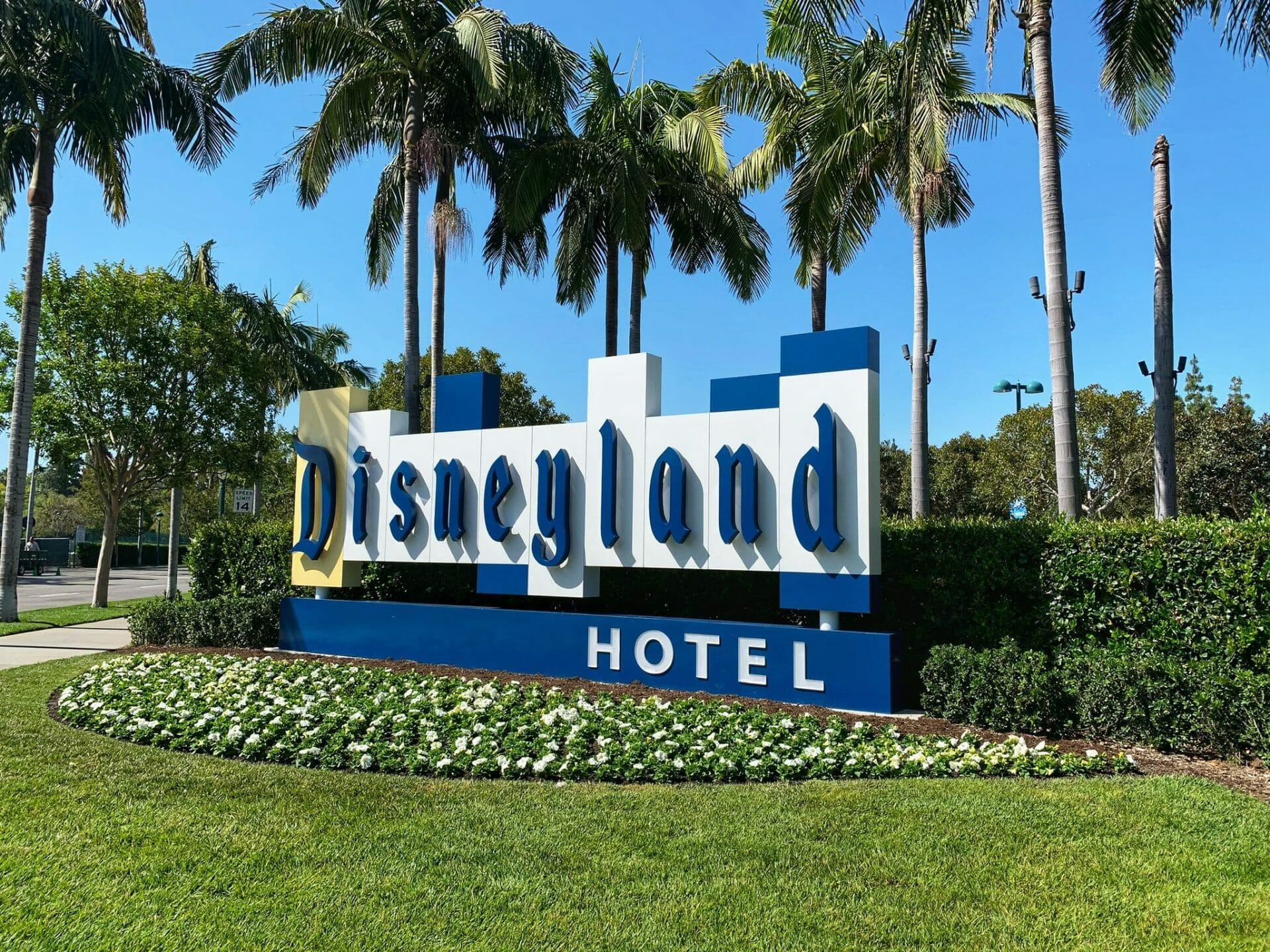 Save Up to 25% on Select Stays at a Disneyland Resort Hotel