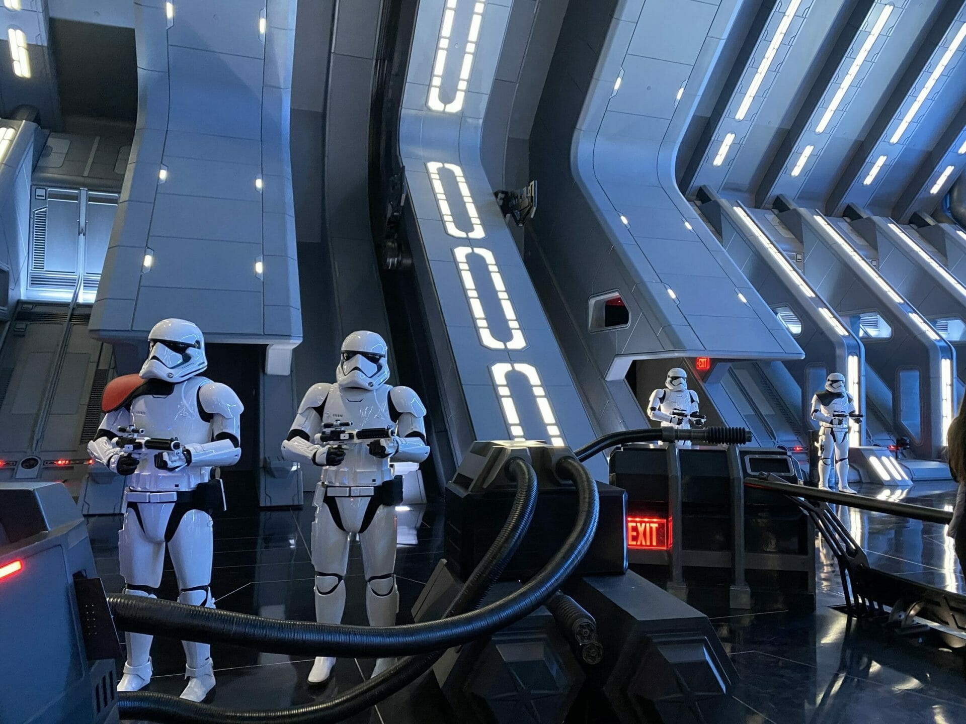 Disneyland Virtual Boarding Group Queue Announced for Star Wars: Rise of the Resistance