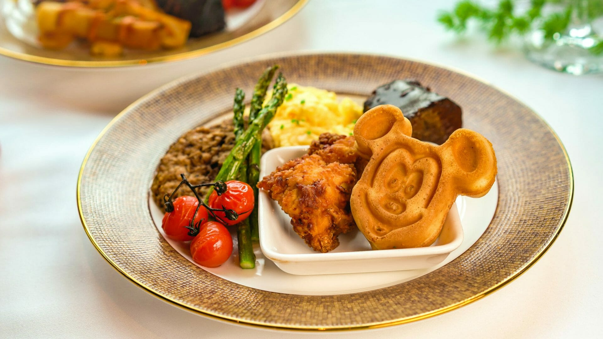 Best Places to get Breakfast at Disneyland Resort