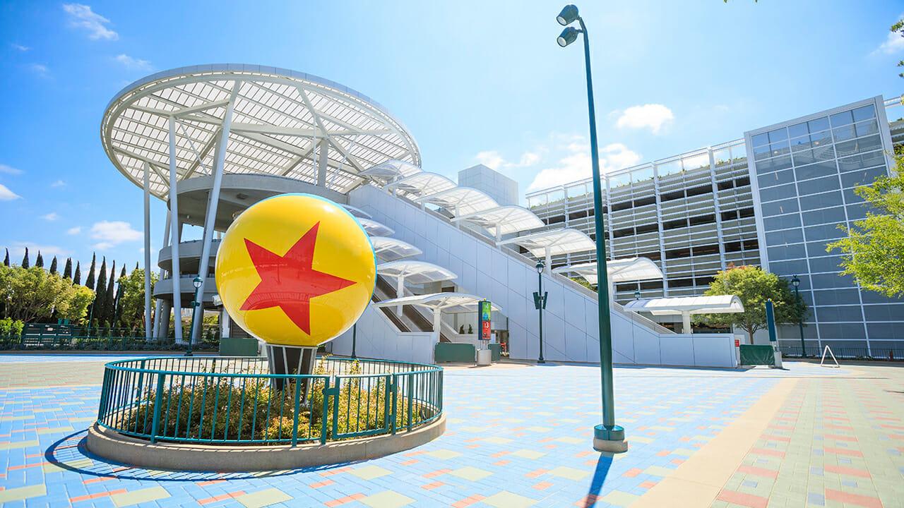 Parking at Disneyland Resort 101