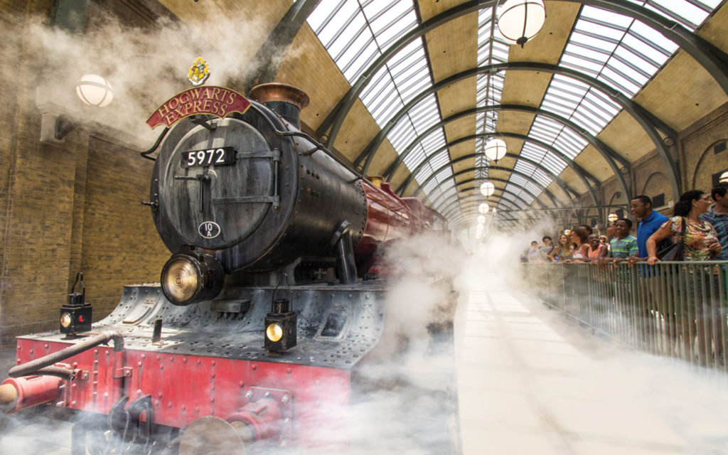 Hogwarts Express Wizarding World of Harry Potter