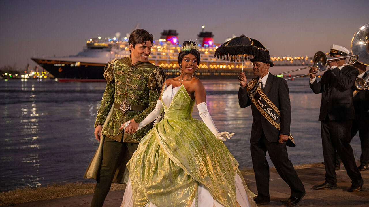 Disney Wonder Takes to the Sea on Inaugural Voyage from New Orleans