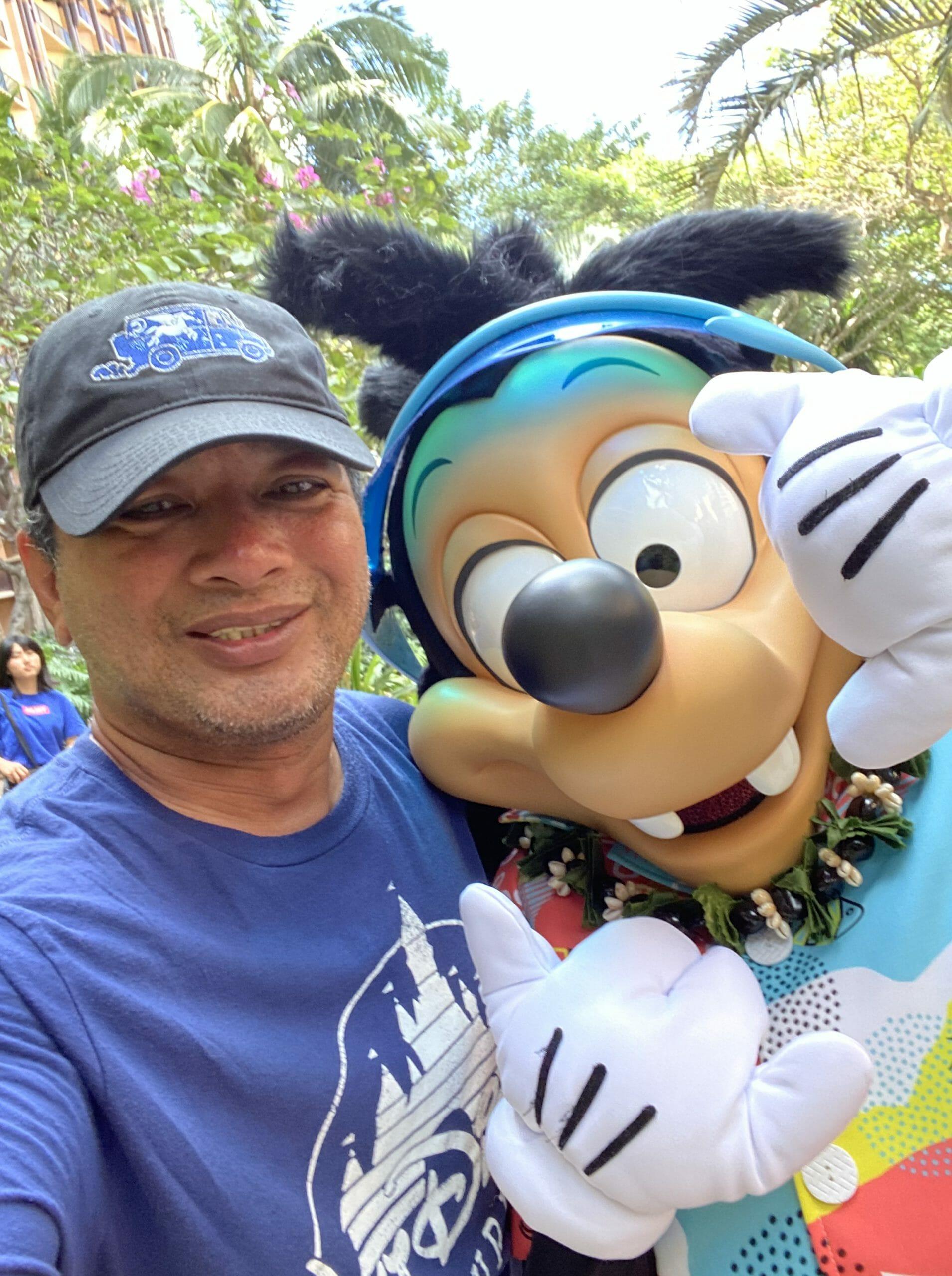 Max Joins Character Meet and Greets at Aulani, a Disney Resort