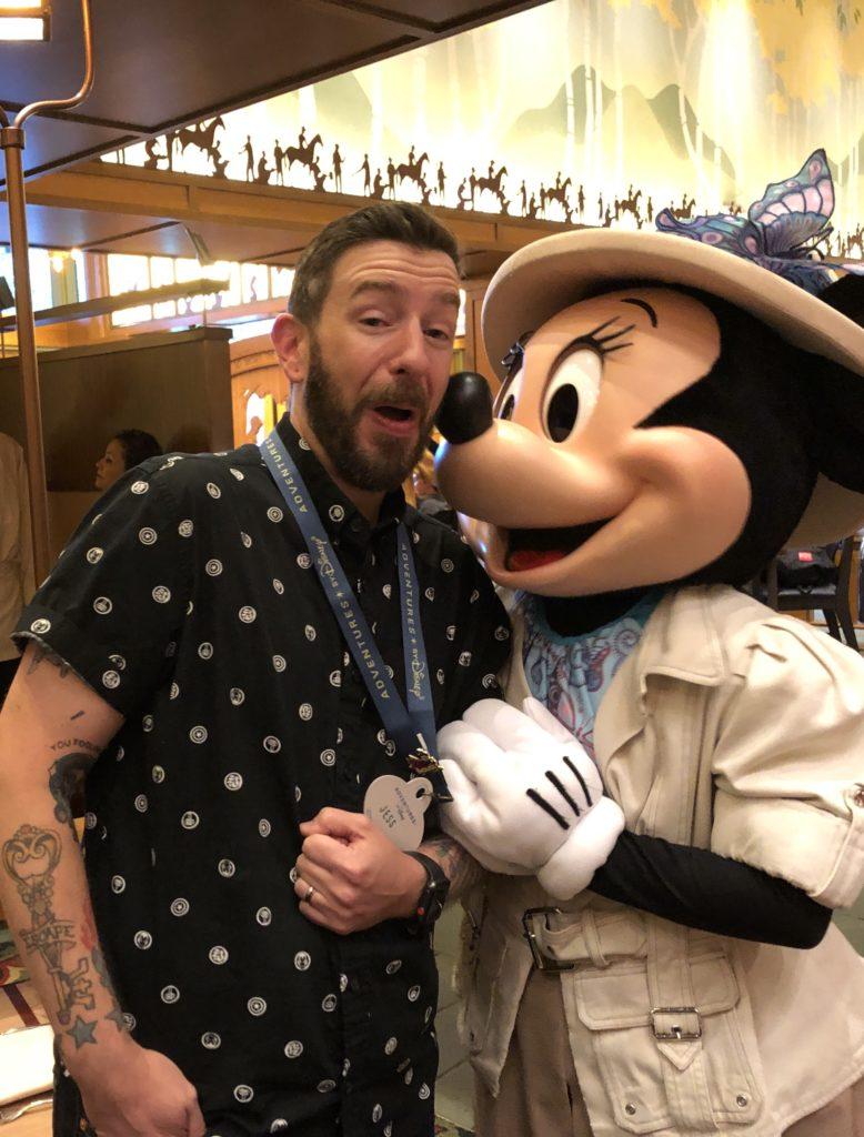 Disneyland Resort Character Dining 101
