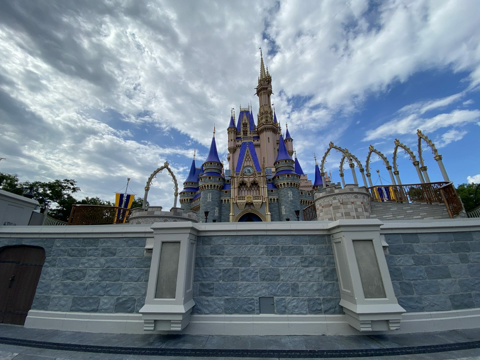 Tips for Saving Money on a Walt Disney World Vacation