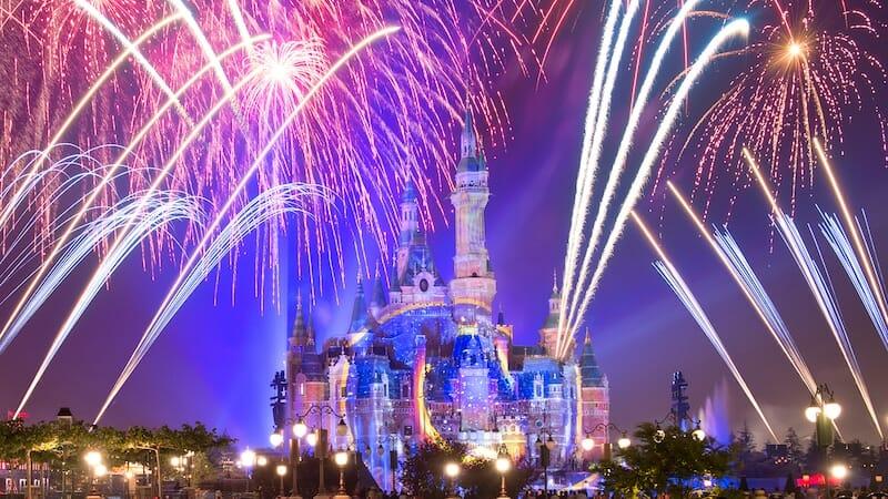 shanghai disneyland fireworks