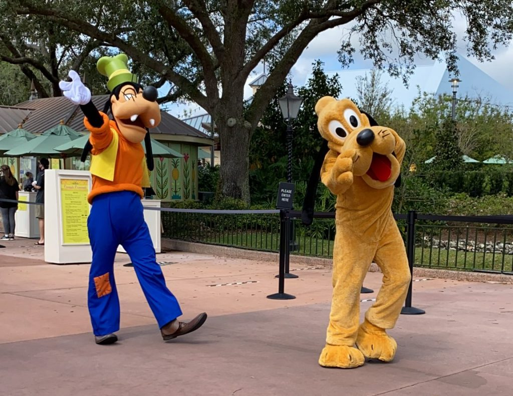 Where Can You Disney Characters at Walt Disney World Now- Cavacade