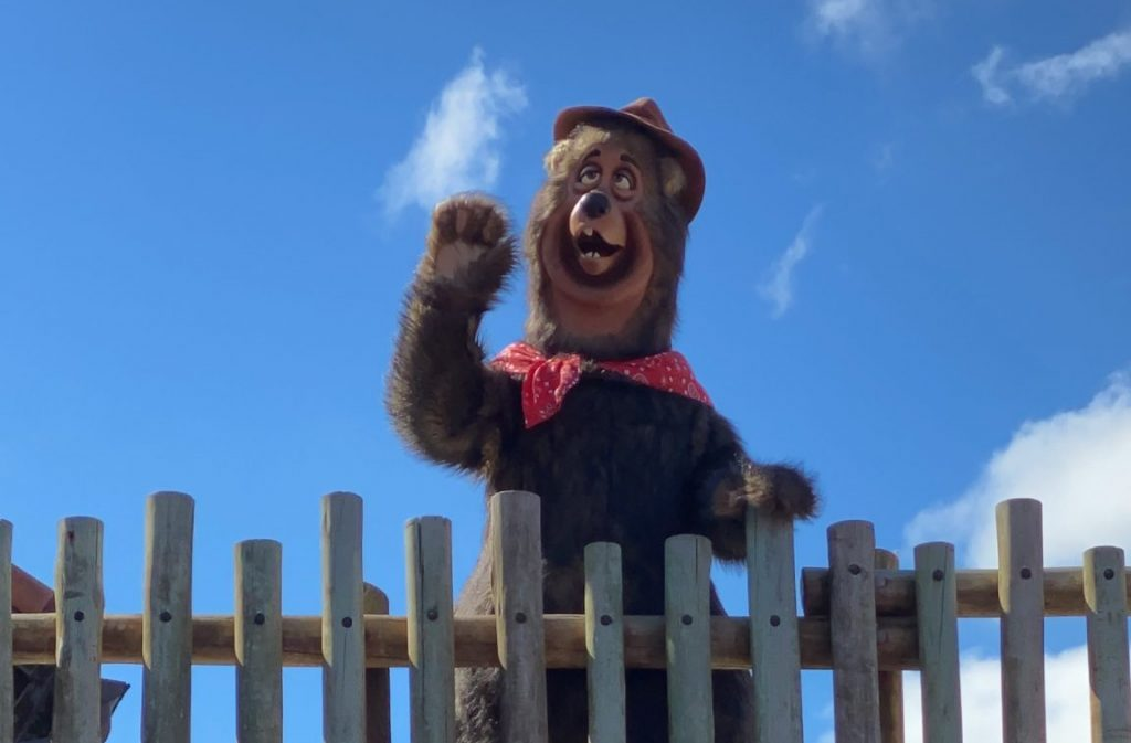 Country Bear Jamboree- Where Can You Disney Characters at Walt Disney World Now