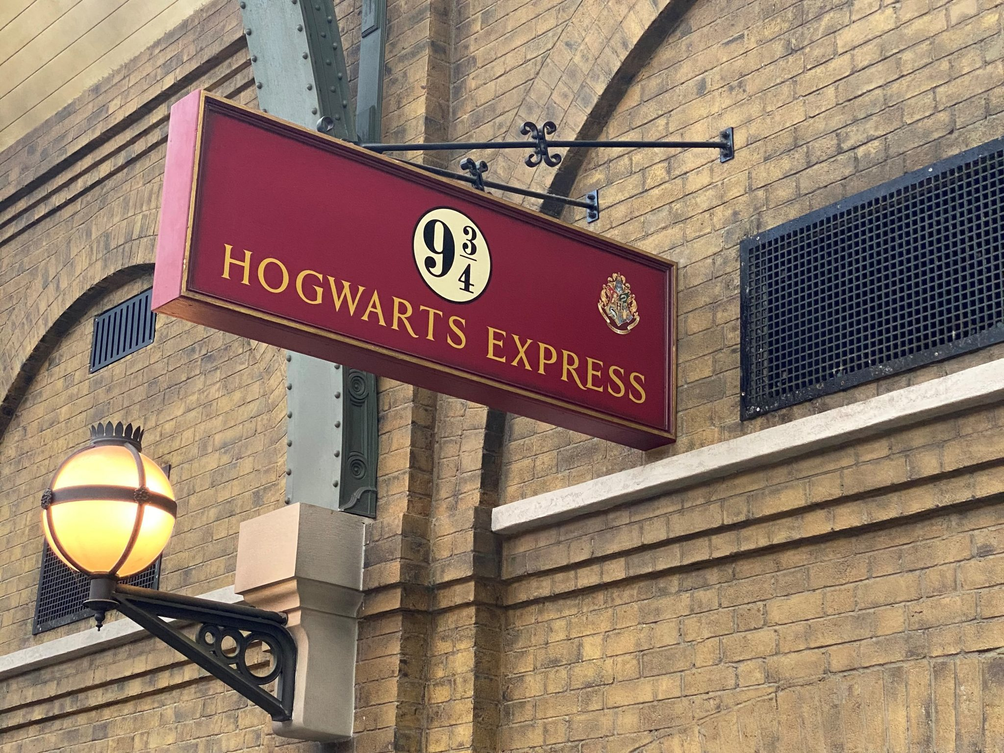 Insider's Guide to Wizarding World of Harry Potter